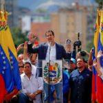 Венесуэла предпринимает попытку скинуть красное ярмо