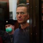 Навальный объявил голодовку, есть угроза потерять ногу